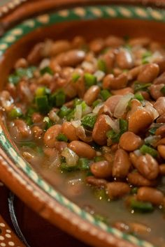 Pinto beans simmered with poblanos, onions, and oregano are the quickest, easiest and tastiest side dish for weeknight meals. The smell of beans simmering on the stove is one of my Mexican Dishes, Mexican Food Recipes, Vegetarian Recipes, Cooking Recipes, Healthy Recipes, Mexican Beans Recipe, Chili Recipes, Mexican Pinto Beans, Vegetarian Sandwiches