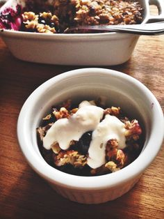 Berry Banana Oatmeal Crisp - wake up your tastebuds with blueberries ...