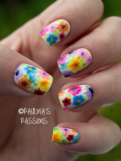 Floral Nail Art – Small Meadow on my Fingers