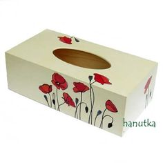 chustecznik decoupage Tissue Box Covers, Tissue Boxes, Diy And Crafts, Arts And Crafts, Decoupage Box, One Stroke Painting, Painted Boxes, Wood Boxes, Decorative Boxes