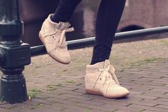 H&M Trend teddy coat, Zara backpack, Isabel Marant, Isabel Marant Bobby sneakers