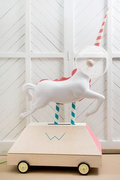 Just mentionedWhat's Inside?three days ago. Project byBrosmind. Check out these cute unicorns.