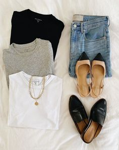 Classic Wardrobe, Classic Outfits, Simple Outfits, Fall Outfits, Cute Outfits, Style Année 80, Fashion Capsule, Business Casual Outfits, Womens Fashion