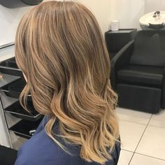 Warm blonde, natural Balayage @dezinehair Warm Blonde, Long Hair Styles, Natural, Beauty, Long Hairstyle, Long Haircuts, Long Hair Cuts, Beauty Illustration, Long Hairstyles