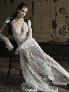 Is it just us, or are Vera Wang Bride collections getting more sheer and abstract every season? Vera Wang unveiled her Spring 2016 collection - sensual - BellaNaija Weddings. 2016 Wedding Dresses, Wedding Dress Trends, Wedding Dress Styles, Wedding Gowns, Lace Wedding, Wedding Ideas, Vera Wang Bridal, Vera Wang Wedding, Bridal Collection