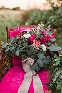 #pinkbouquet #weddingbouquet #bouquet @weddingchicks