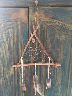 Self-Love + Acceptance Reiki Shamanic Dreamcatcher Crafts To Make, Crafts For Kids, Arts And Crafts, Wild West Crafts, Diy Dream Catcher Tutorial, Dream Catcher Art, Learn Reiki, Sea Glass Crafts, Nature Crafts