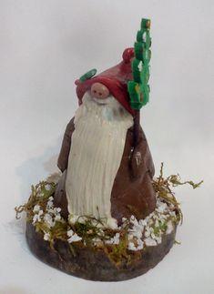 A Christmas gnome Christmas Gnome, Christmas Ideas, Christmas Ornaments, Gnomes, Spirit, Holiday Decor, Cake, Creative, Desserts
