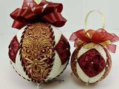 This ornament is made with burgundy satin ribbon and cotton gorgeous burgundy-gold model fabric by using techniques kimekomi and patchwork ( pineapple). This ornament is of my own unique design and is carefully handmade with love. It has 2 flower model made with satin ribbon. This ornament Is