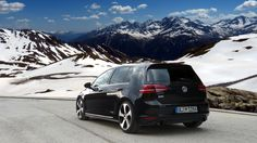 VW Golf MK7 GTI Performance in the Hills
