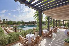 Un déjeuner en terrasse au Pool Garden du Mandarin Oriental Marrakech Mandarin Oriental, Le Mandarin, Top Hotels, Hotels And Resorts, Best Hotels, Luxury Hotels, Cheap Hotels, Riads In Marrakech, Marrakesh