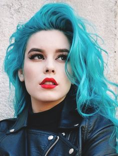 Shop Blue Hair Color La Riché Direction on http://www.blue-raven.com/boutique/43-colorations ! #Coloration #Cheveux #Gothique