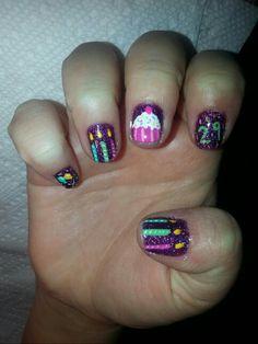 Birthday nails