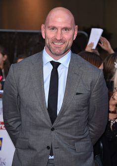 Lawrence Dallaglio Photos Photos - Lawrence Dallaglio attends the Pride of Britain awards at The Grosvenor House Hotel on September 28, 2015 in London, England. - Pride of Britain Awards - Red Carpet Arrivals