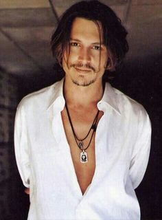 Something about Johny depp melts my heart. Absolutely adore him