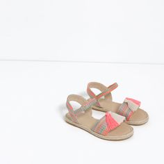 TASSEL SANDALS WITH JUTE DETAIL