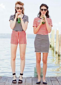 don't they say that stripes make you look wider? Uh, no, they make you look hideous!! WTF!