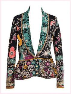 Ivko - a feminine blazer in black with colorful flower jacquard.