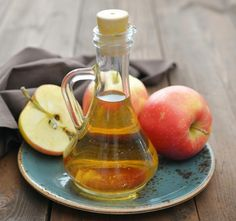 You can add apple cider vinegar to your diet for a burst of flavor, and some say it can also help you lose weight. Find out how much apple cider vinegar may help with weight loss, plus the health risks to know. Apple Health Benefits, Apple Cider Benefits, Raw Food Recipes, Diet Recipes, Vegetarian Recipes, Diabetes Recipes, Get Rid Of Eczema, Varicose Vein Remedy, Varicose Veins