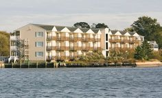 Waterside Inn - Chincoteague Island, VA: Stay at Waterside Inn on Chincoteague Island, VA, with Dates into December