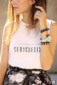 fashioncoolture-04-04-2015-look-du-jour-midi-skirt-floral-blackandwhite-3.jpg (500×750)