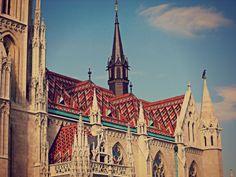 Chiesa di Mattia, particolare del tetto
