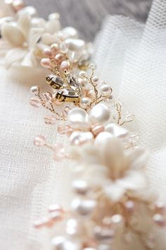 Gold and blush bridal headpiece_Bespoke Juliet headpiece for Ana
