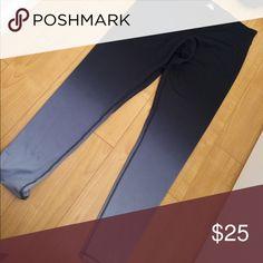 Workout leggings 10/10 condition Pants Track Pants & Joggers