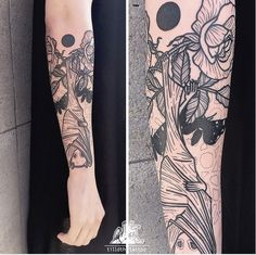 Bat (flying fox) and roses, blackwork by Tilldth Tattoo, Berlin
