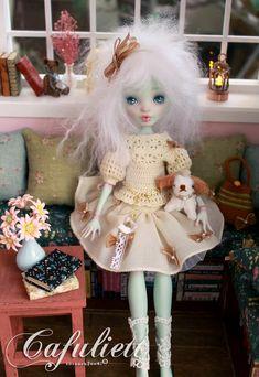 Cafuliett -Monster High Doll Frankie Stein Repaint by blanki.deviantart.com on @deviantART