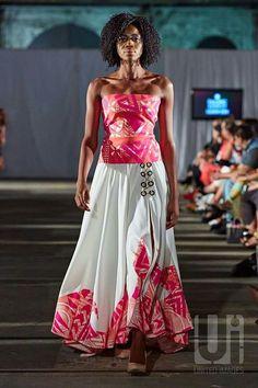 Island Wear, Island Outfit, Tropical Fashion, Tropical Dress, Ethnic Fashion, African Fashion, Polynesian Dresses, Tapas, Samoan Dress