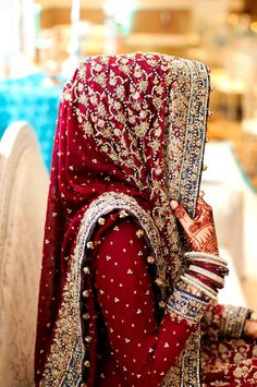 Noorphotography (Desi Bridal Shaadi Indian Pakistani Wedding Mehndi Walima Lehenga / #desibridal #indianbridal #pakistanibridal #saree #indianwedding #pakistaniwedding #desiwedding #wedding #shaadi #lehenga #bridal #mehndi #walima #bollywood)