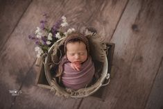 54 ideas multiple children photography poses for 2019 Children Photography Poses, Newborn Photography Props, Newborn Photographer, Newborn Posing, Newborn Shoot, Newborn Pictures, Baby Pictures, Newborn Pics, Baby Newborn