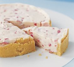 White Chocolate and Strawberry Cheesecake - yum!!