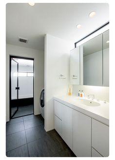 こうしたい♡洗面所 | *注文住宅を建てて学んだ事*建て替え妄想ブログ Washroom Design, Laundry Room Design, Laundry In Bathroom, Paint Colors For Living Room, Japanese House, Interior Architecture, Living Room Designs, Ideal Home, House Plans