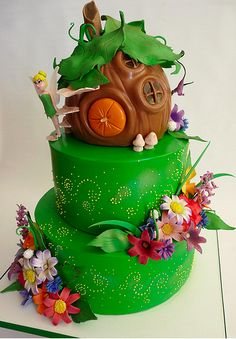 Tink Cake - LOVE the faery house on top!