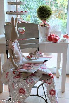 Maileg and crochet Make Blanket, Square Blanket, Afghan Blanket, Maileg Bunny, Manta Crochet, Rose Cottage, Cute Bunny, Fabric Dolls, Creations