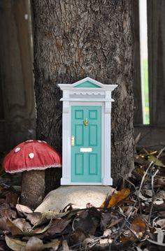 Tooth Fairy door to put in their bedrooms. Fairy Garden Houses, Gnome Garden, Fairy Gardens, Fairies Garden, Tooth Fairy Doors, Gnome House, Gnome Door, Fairy Land, Fairy Dust