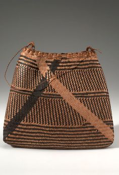 Africa | Plant fiber pouch, worn by women over the shoulder.  Collected in Poko, Belgian Congo in 1915 | Plant fiber