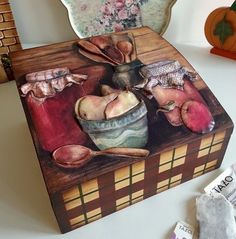 Napkin Decoupage, Decoupage Box, Home Crafts, Arts And Crafts, Paper Crafts, Arte Country, Beaded Boxes, Country Paintings, Painting On Wood