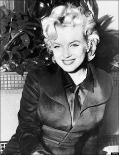 Undated photo shows US actress Marilyn Monroe a few weeks before she died in 05 August, 1962 at the age of 36. The circumstances of her death have never been cleared up. AFP PHOTO (Photo credit should read STR/AFP/Getty Images)