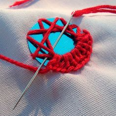 great shisha stitch how-to, step by step photos -- on Joyful Abode blog. (This would be good to make your own circles out of a aluminum pop can) or colored plastic bottles. The ideas are endless...Helen...
