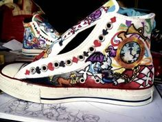 alice in wonderland teen bedroom ideas Alice In Wonderland Shoes, Alice In Wonderland Bedroom, Crazy Shoes, Me Too Shoes, Teen Bedroom, Bedroom Ideas, My Little Pony Shoes, Harry Potter Shoes, Hot Topic Shoes