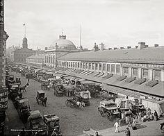 Quincy Market - Blue Monocle