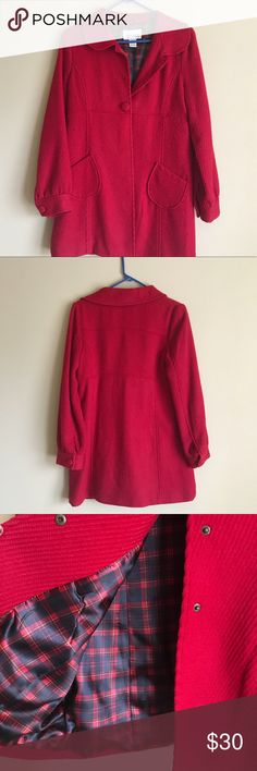 Red Peacoat Red Peacoat • Size: Girls 14/16 BUT also fits like a Women's SMALL • Barely Worn • Very Warm • Great Condition Cherokee Jackets & Coats Trench Coats