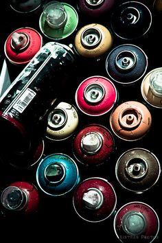 graffiti, spray