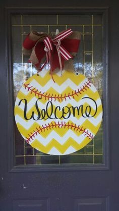 Softball door hanger Softball Wreath, Baseball Wreaths, Softball Crafts, Sports Wreaths, Softball Stuff, Baseball Stuff, Girls Softball, Wooden Doors, Wooden Signs