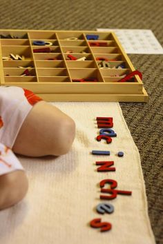 Ideas to expand the use of the Moveable Alphabet in the Montessori class Winter Activities For Kids, Abc Activities, Classroom Activities, Classroom Ideas, Montessori Preschool, Preschool Curriculum, Homeschool, Kindergarten Literacy, Nature Based Preschool