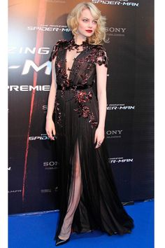 Emma Stone in Gucci. It's difficult to find a black dress that stands out but this one is just fabulous! #blackdress Ema Stone, Actress Emma Stone, My Emma, Elle Macpherson, Jennifer Hudson, Emma Stone Style, Emma Stone 2017, Pretty Dresses, Amazing Spiderman