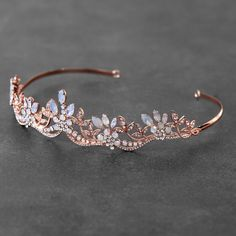 Gold Tiara, Diamond Tiara, Crystal Rose, Clear Crystal, Gold Wedding Crowns, Headpiece Jewelry, Accesorios Casual, Bridal Accessories, Rose Gold Accessories